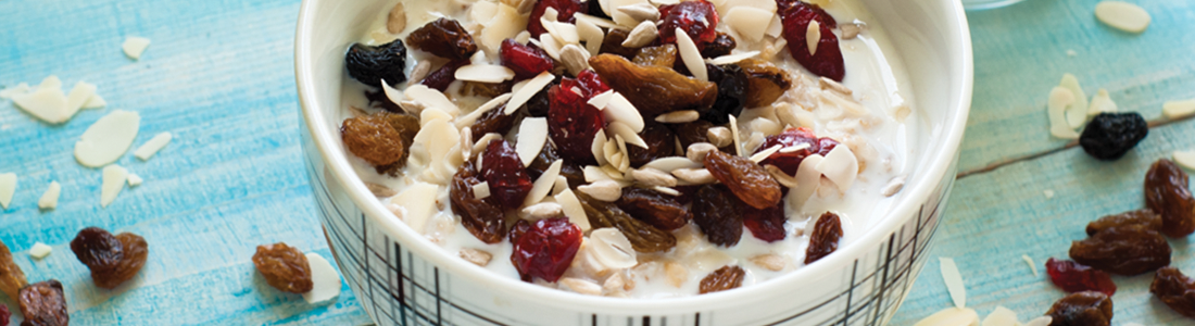 Oatmeal w Almonds and Tart Cherries